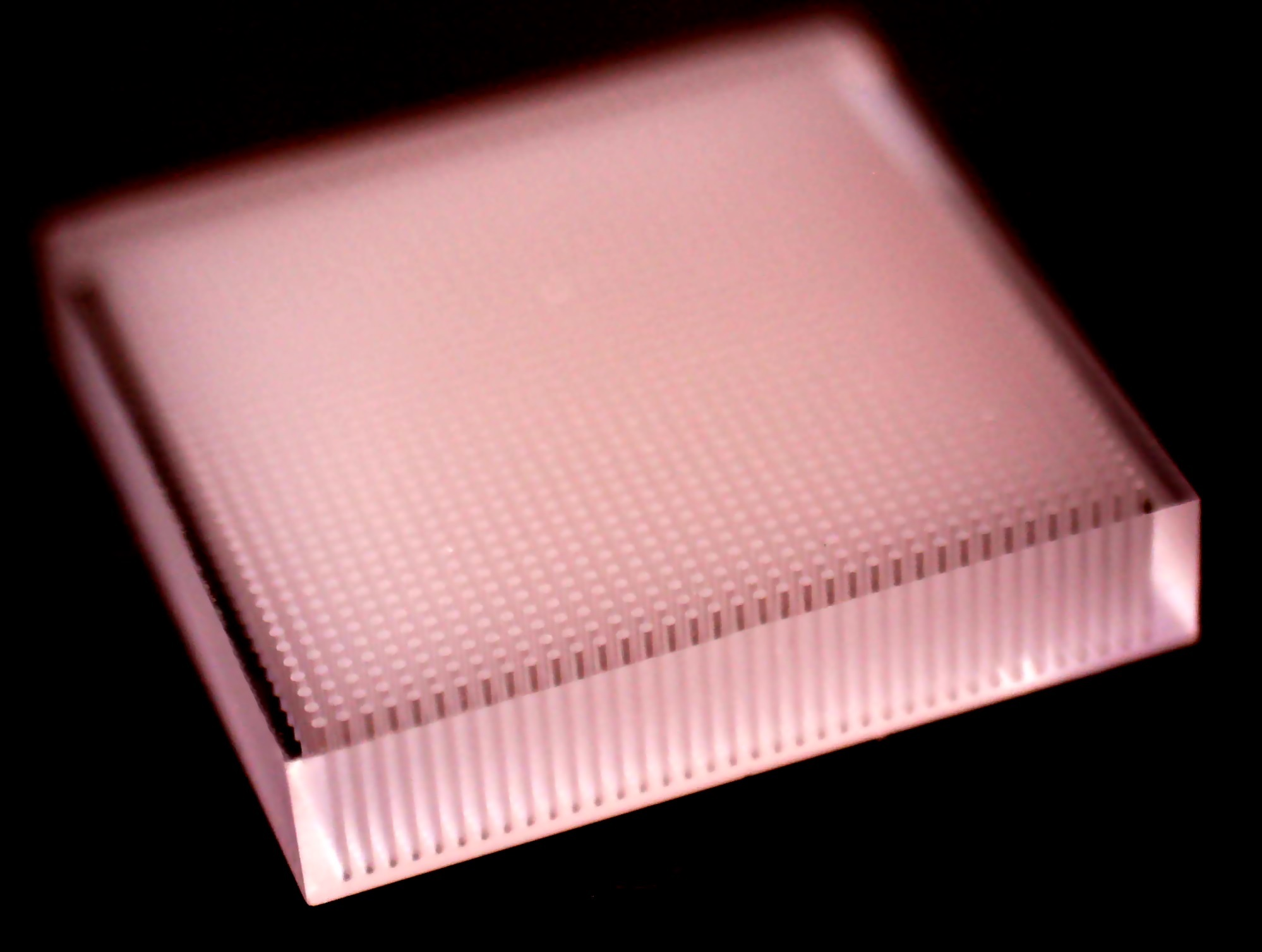 High density array in 2mm glass block