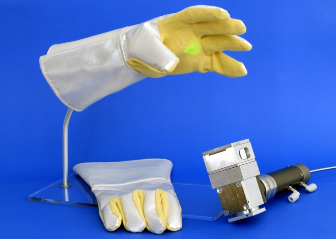 Prototype of passive protective gloves for working with lasers with high output power