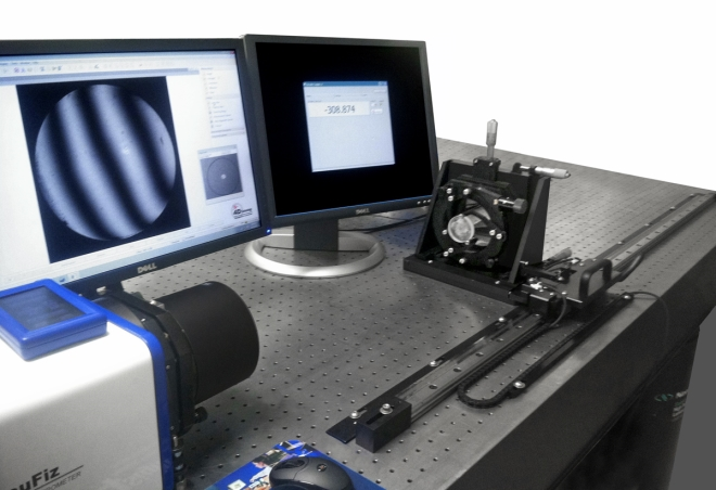 4D Technology Digital Radius Slide with AccuFiz Laser Interferometer.