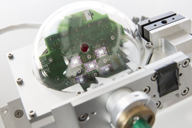 Optical scan head of a 3D TOF camera with integrated MEMS scanning mirror array