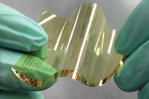 Stanford engineers have developed an improved process for making flexible circuits that use carbon nanotube transistors