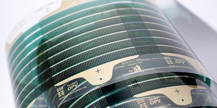 Solar cells of the future comprise multilayer plastic