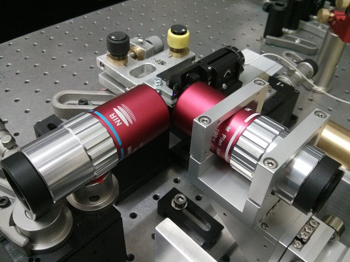 Ultrafast photomodulation spectroscopy
