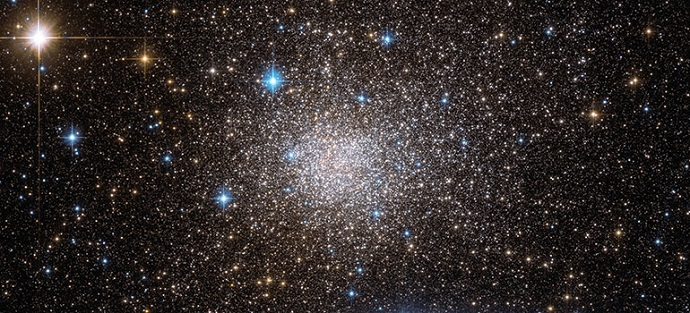 Hubble Space Telescope image shows the cluster in wonderful detail