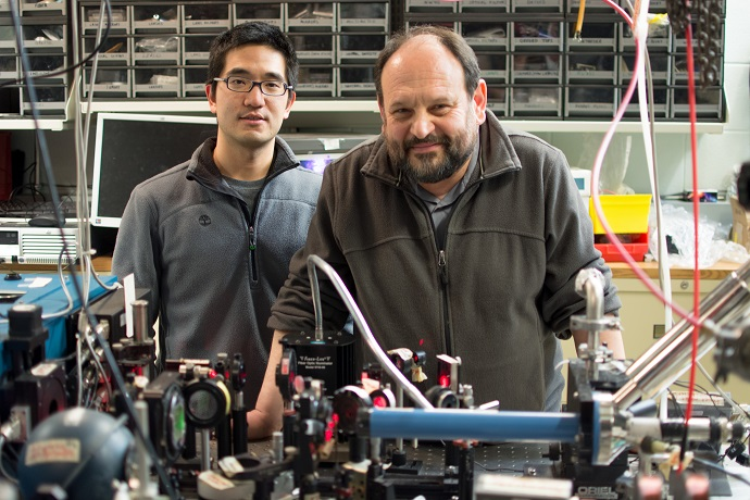 Physicists Hsiang-Hsi Kung and Girsh Blumberg