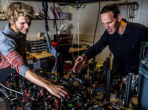 Loophole-free Bell test TU Delft crowns 80-years-old debate on nature of reality