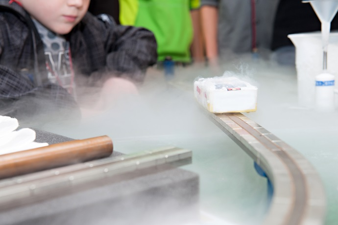 High-temperature superconductor cooled with liquid nitrogen