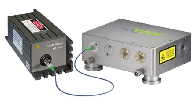Compact plug and play MOPA system consisting of an NPRO and neoVAN amplifier