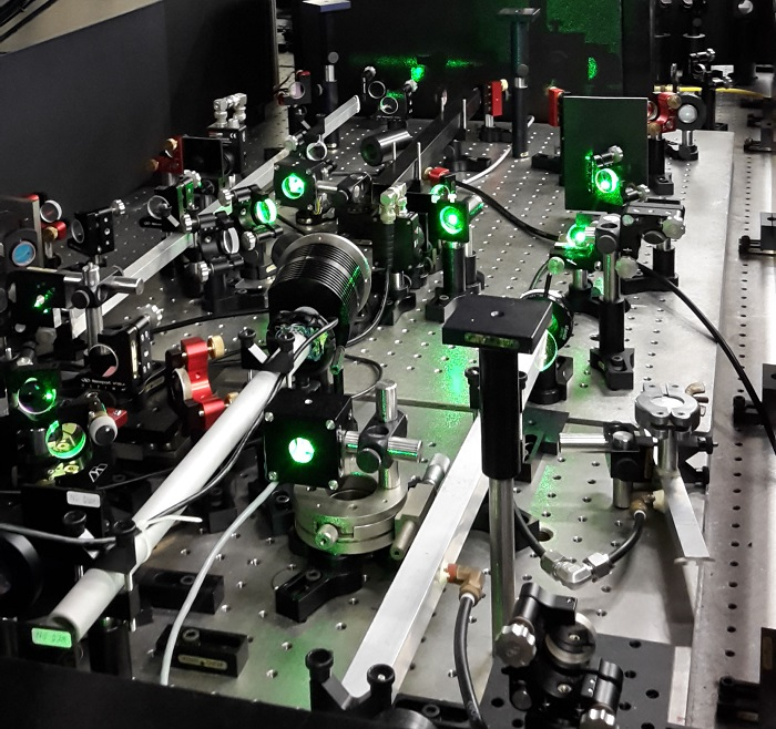 The amplification stage of the new laser set-up