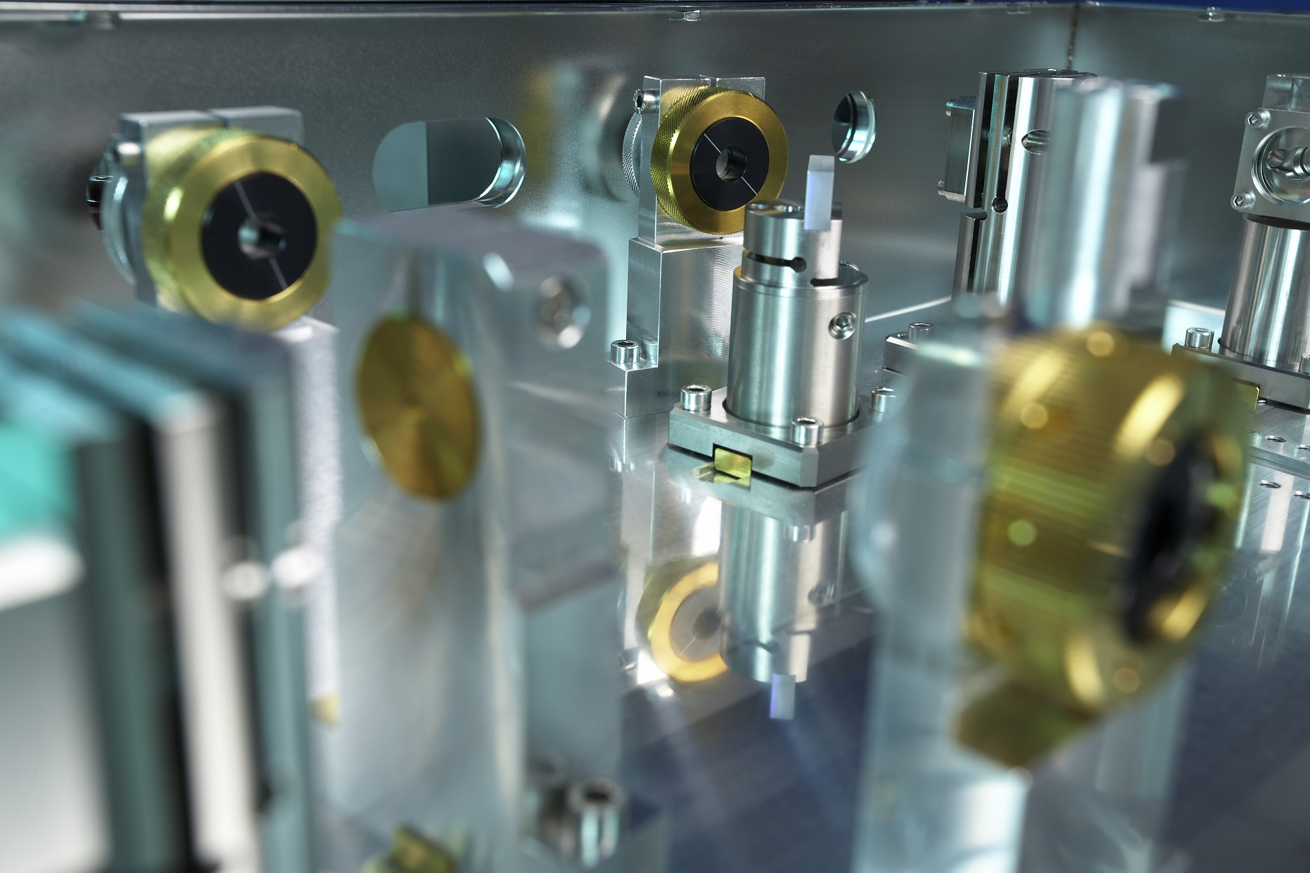 A glimpse inside an ultra-short pulse laser from TRUMPF's TruMicro range