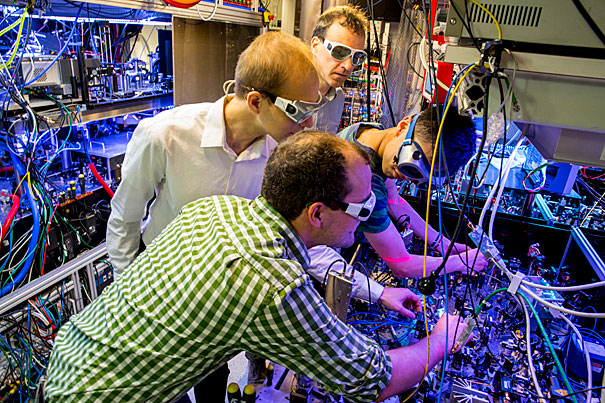 Physics Professor Markus Grainer and his team