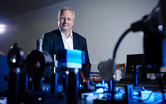 Professor David Moss's research has taken him to the leading edge of quantum technology.